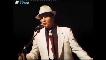 """2008 – Giovanni chante """"O vinu"""" au festival Révélation"""