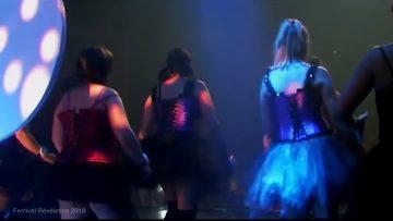 2018 – What you waiting for par le groupe de danse Bazar de filles à Révélation