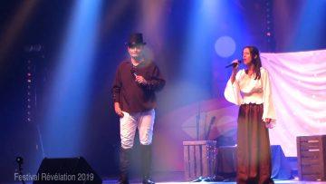 2019 – Maude et Laurent chante A Million Dreams à Révélation